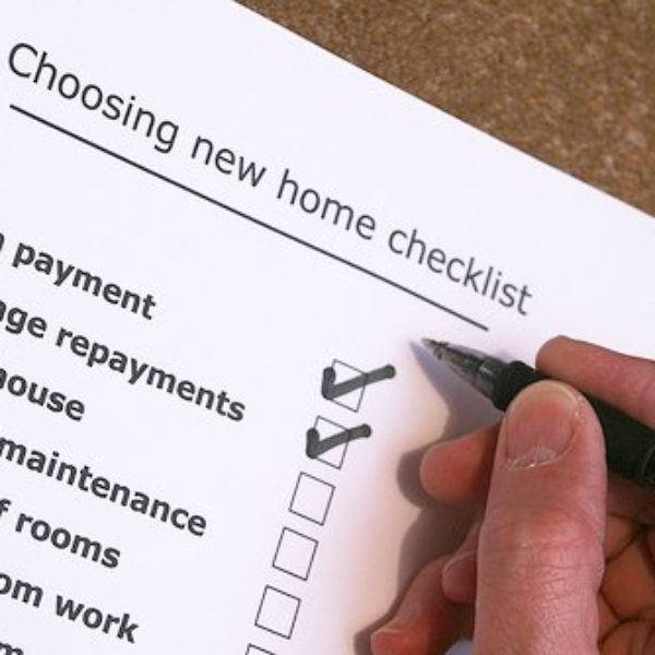 10 tips when buying a property