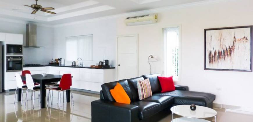 High Quality, Tastefully Furnished Pool Villa South of Hua Hin