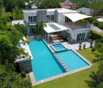 Modern, Spacious 5 Bedroom Pool Villa Built to a High Specification with Mountain Views
