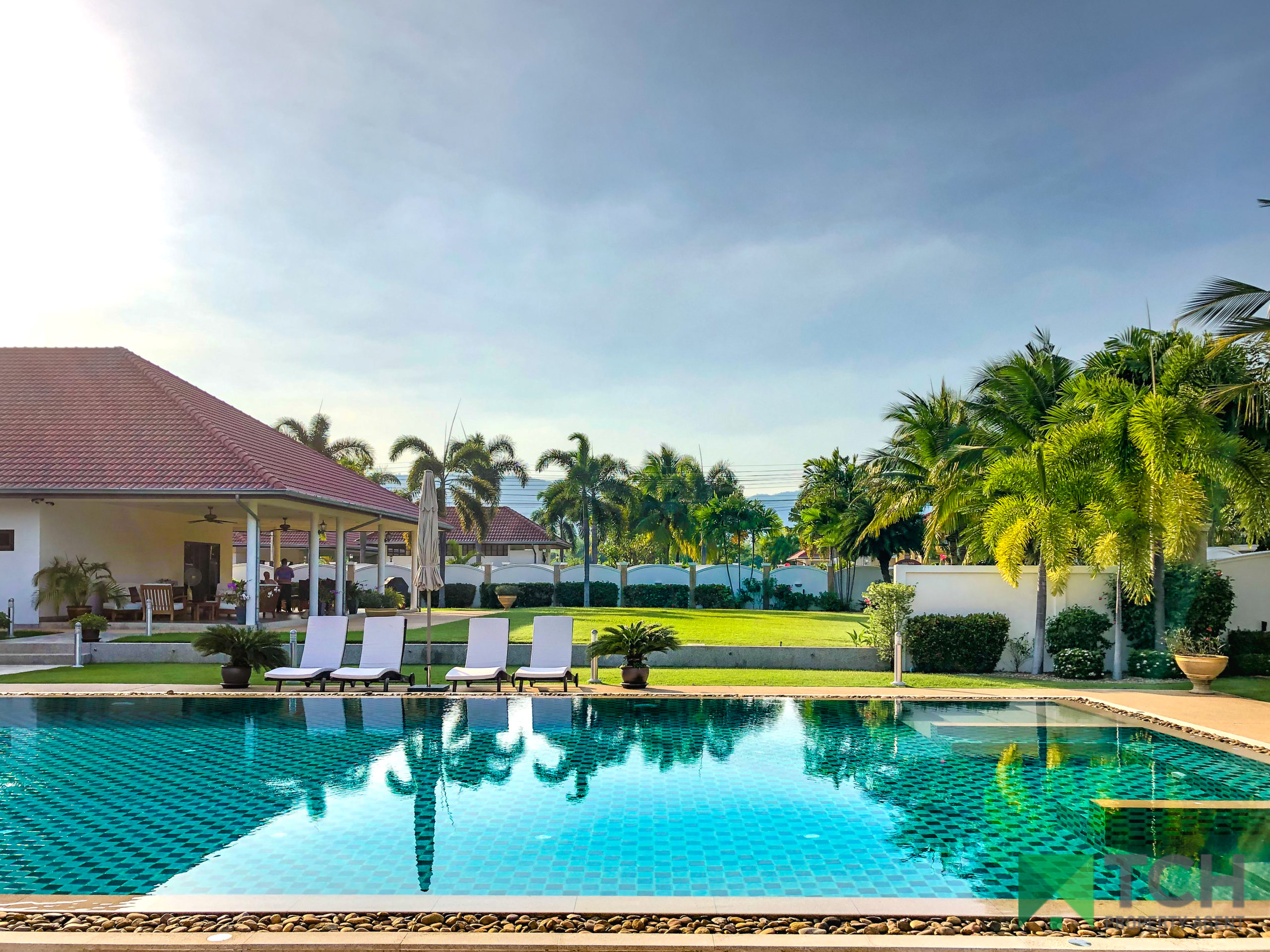 Luxurious, 6 Bedroom, High-End Pool Villa on a Plot of 2,504 sqm