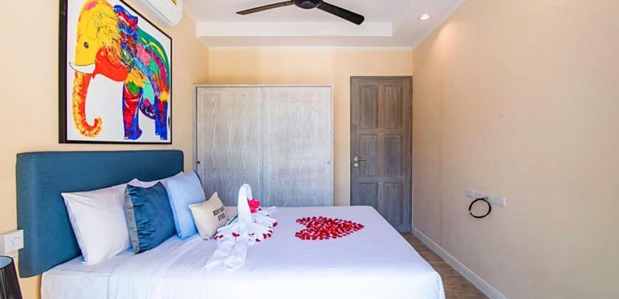 Beautiful, 22 Room Seaside Resort for Sale