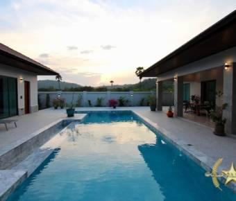 Golden Sands Luxury Villa in Khao Kalok
