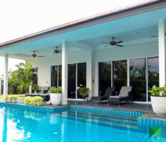 Luxury 3 Bedroom Pool Villa nr the Town Centre