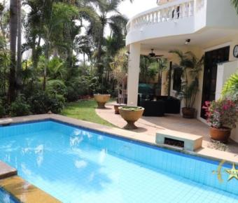 Tropical Hill 2 – 4 bedroom Pool Villa