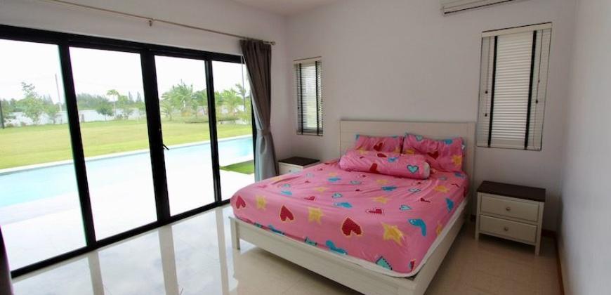 Pran Buri Pool Villa on Huge Plot For Sale