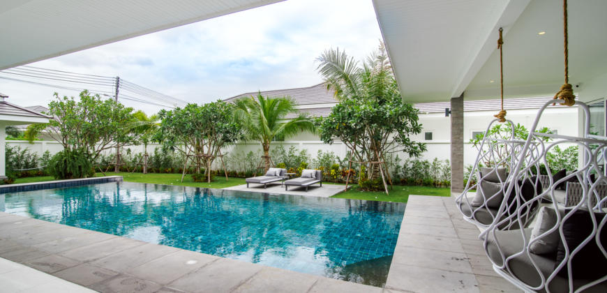 Beautiful, New Pool Villa With Steam Room and Gym on Solar Project