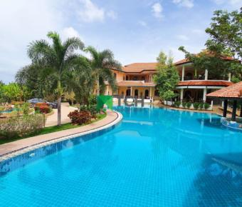 Impressive, Grand Estate for Sale in Hua Hin