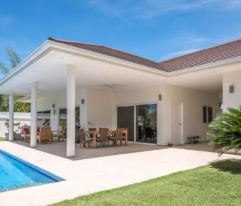 High Quality, Modern, 3 Bedroom Pool Villa