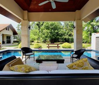 Luxurious Khao Kalok Pool Villa