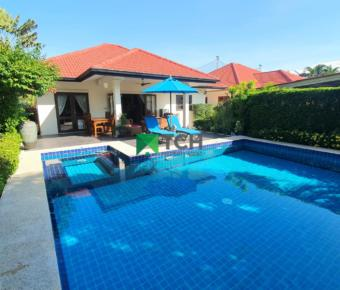 Beautifully Well-Maintained Pool Villa in Central Location