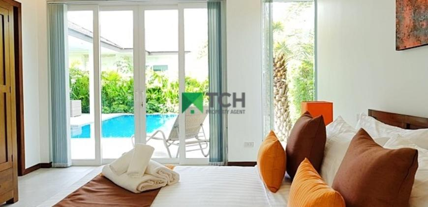 Luxury Boutique Pool Villa Close to Town