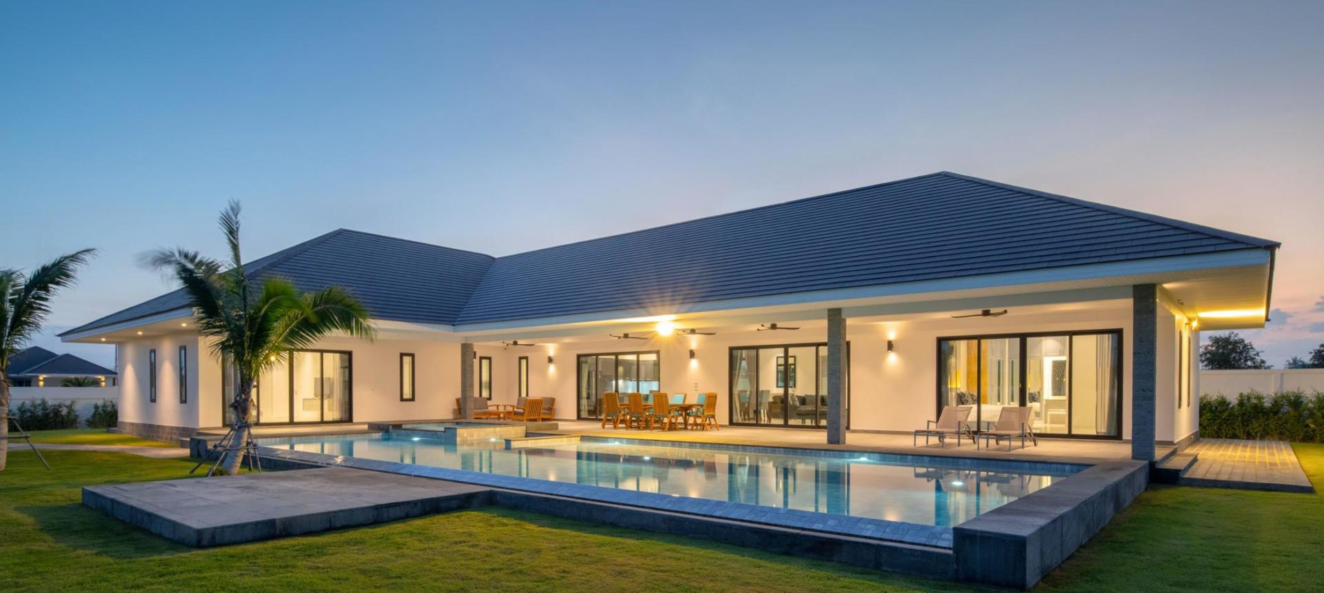 Quality, High-Spec Solar Pool Villa with Stunning Views
